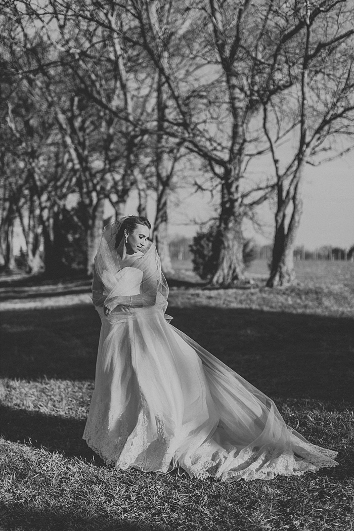 SarahSidwellPhotography_WindyWeddingatMintSpringsFarminNashvilleTennessee_nashvilleweddingphotographer_0166.jpg