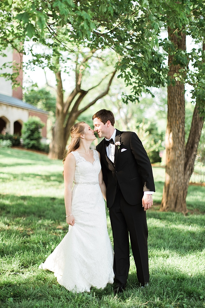 SarahSidwellPhotography_downtownnashvillefranklintnwedding_Nashvilleweddingphotographer_0782.jpg