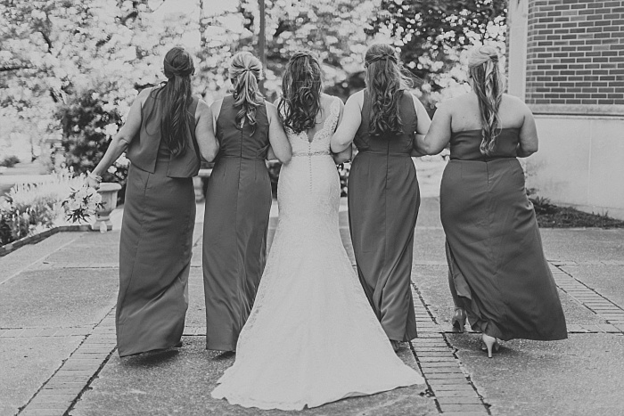 SarahSidwellPhotography_springtimenavyweddinginachurch_Nashvilleweddingphotographer_0802.jpg