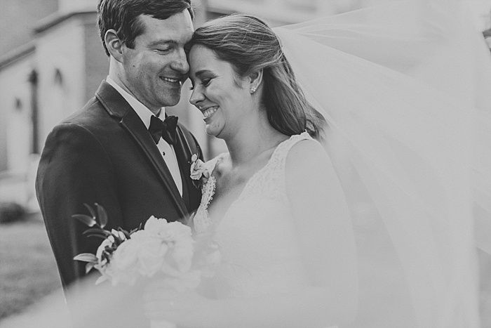 SarahSidwellPhotography_springtimenavyweddinginachurch_Nashvilleweddingphotographer_0817.jpg