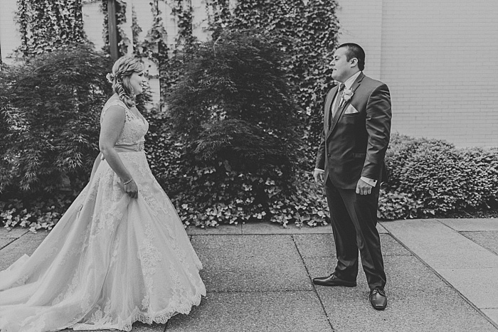 SarahSidwellPhotography_cathedralweddingspringtime_Nashvilleweddingphotographer_0834.jpg