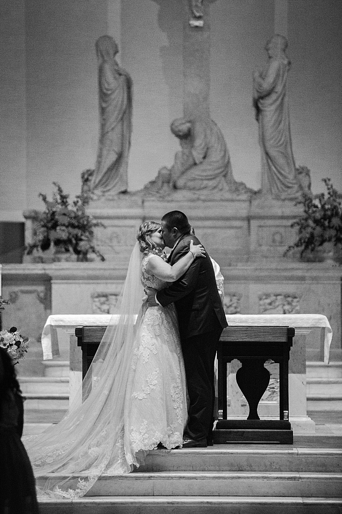 SarahSidwellPhotography_cathedralweddingspringtime_Nashvilleweddingphotographer_0843.jpg