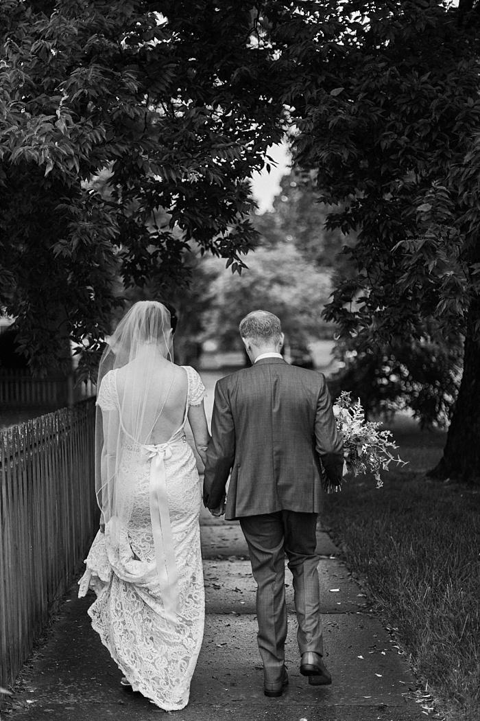 SarahSidwellPhotography_quaintchurchinnashvilleweddingsummertime_Nashvilleweddingphotographer_1047.jpg