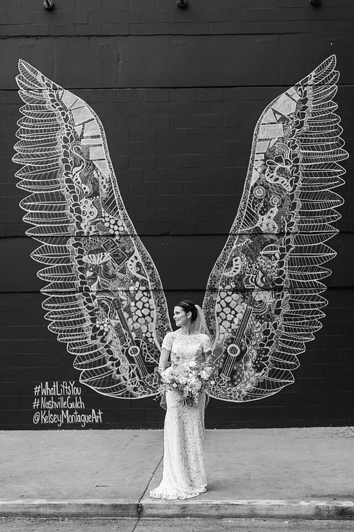 SarahSidwellPhotography_weddingphotosindowntownnashville_Nashvilleweddingphotographer_1053.jpg
