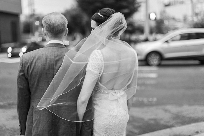SarahSidwellPhotography_weddingphotosindowntownnashville_Nashvilleweddingphotographer_1058.jpg