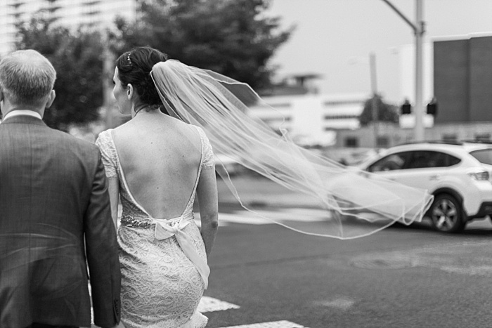 SarahSidwellPhotography_weddingphotosindowntownnashville_Nashvilleweddingphotographer_1060.jpg