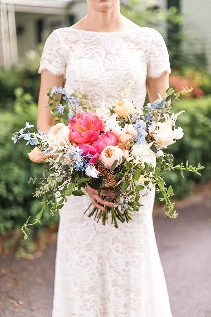 SarahSidwellPhotography_vibrantspringflowersweddingnashvilletennessee_Nashvilleweddingphotographer_1021.jpg