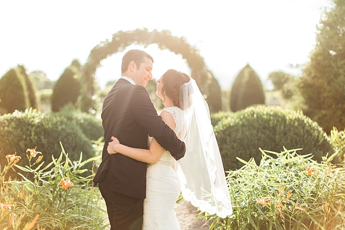SarahSidwellPhotography_summergardenwedding_Nashvilleweddingphotographer_1220.jpg