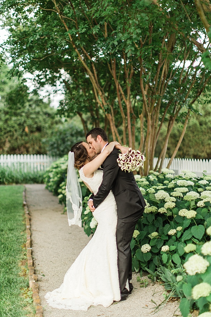SarahSidwellPhotography_summergardenwedding_Nashvilleweddingphotographer_1223.jpg