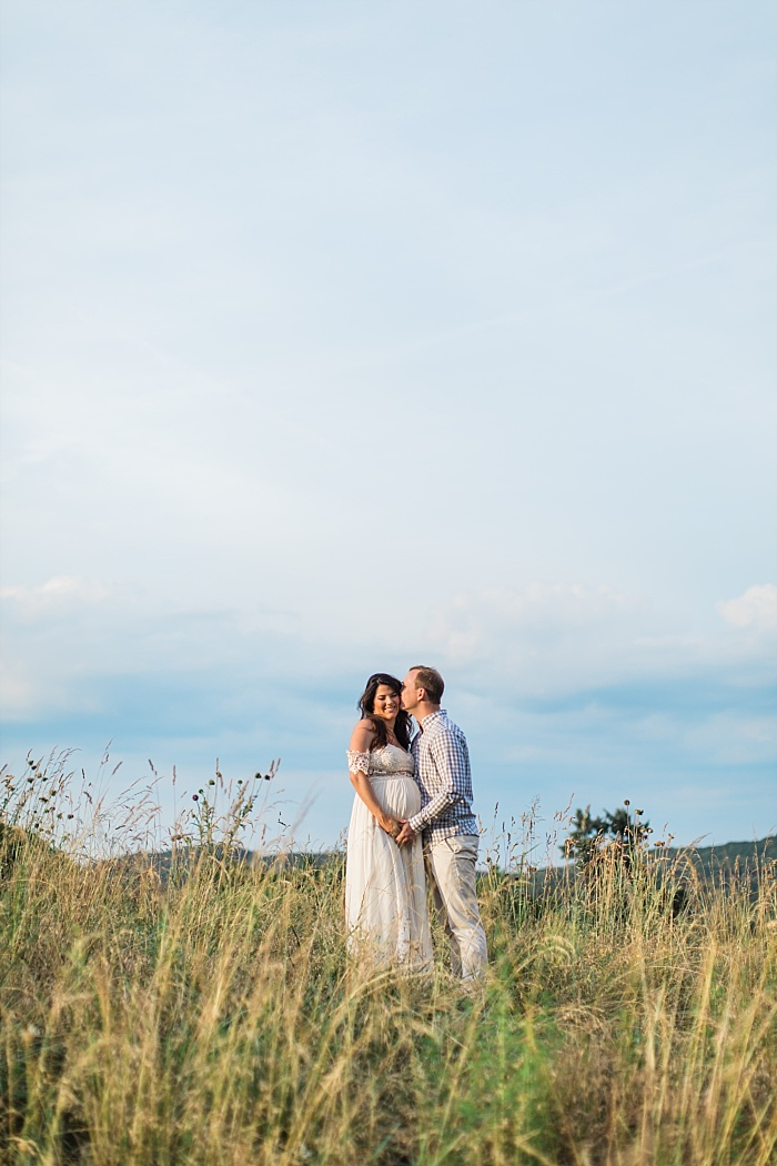 SarahSidwellPhotography_southerncountrysidematernityphotos_Nashvilleweddingphotographer_1288.jpg