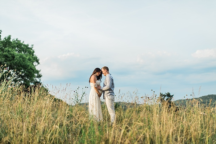 SarahSidwellPhotography_southerncountrysidematernityphotos_Nashvilleweddingphotographer_1289.jpg