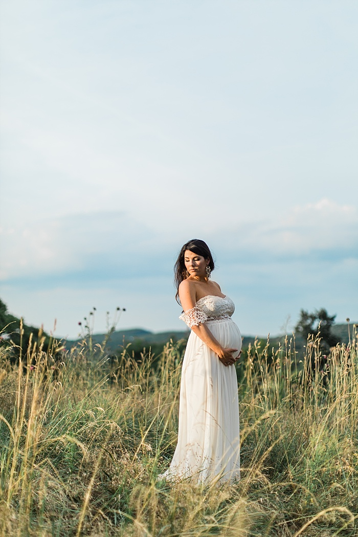 SarahSidwellPhotography_southerncountrysidematernityphotos_Nashvilleweddingphotographer_1292.jpg