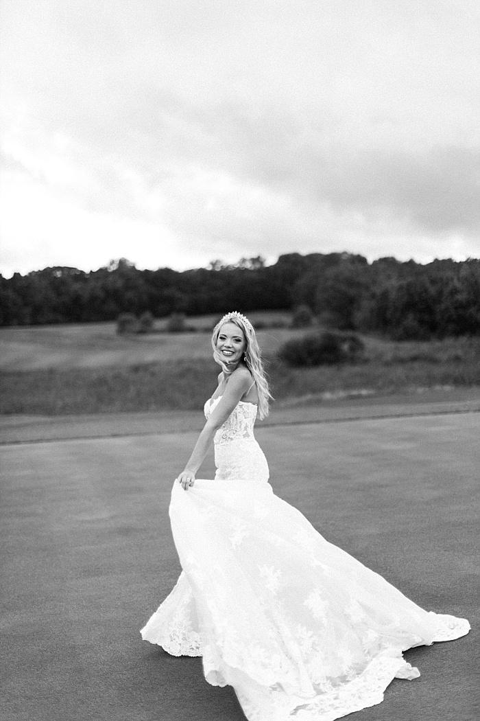 SarahSidwellPhotography_classyandsouthernpinkweddingintherain_Nashvilleweddingphotographer_1348.jpg