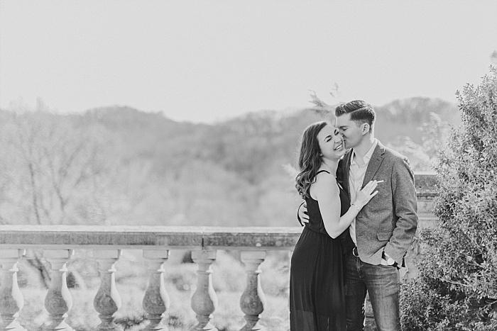 SarahSidwellPhotography_romanticengagementhootatcheekwoodbotanicalgardensinnashvilleinablackdress_Nashvilleweddingphotographer_1420.jpg