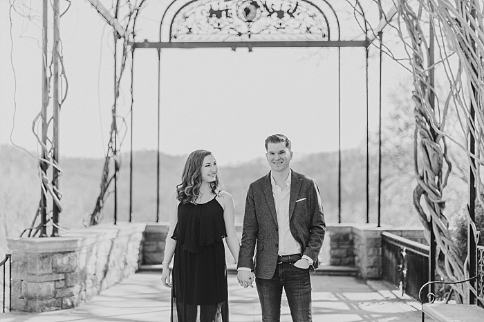 SarahSidwellPhotography_romanticengagementhootatcheekwoodbotanicalgardensinnashvilleinablackdress_Nashvilleweddingphotographer_1423.jpg