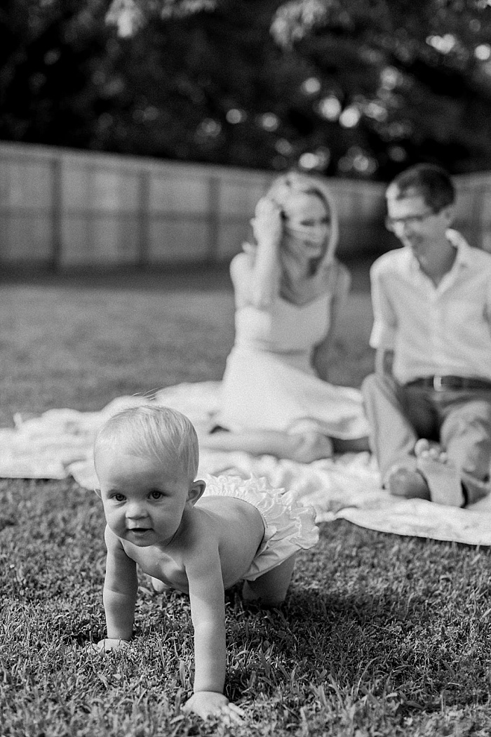 SarahSidwellPhotography_backyardoneyearoldbabyshoot_Nashvilleweddingphotographer_1472.jpg