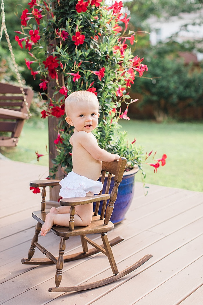 SarahSidwellPhotography_backyardoneyearoldbabyshoot_Nashvilleweddingphotographer_1474.jpg