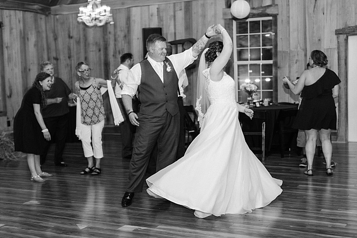 SarahSidwellPhotography_sweetandstylishnashvillewedding_Nashvilleweddingphotographer_1608.jpg