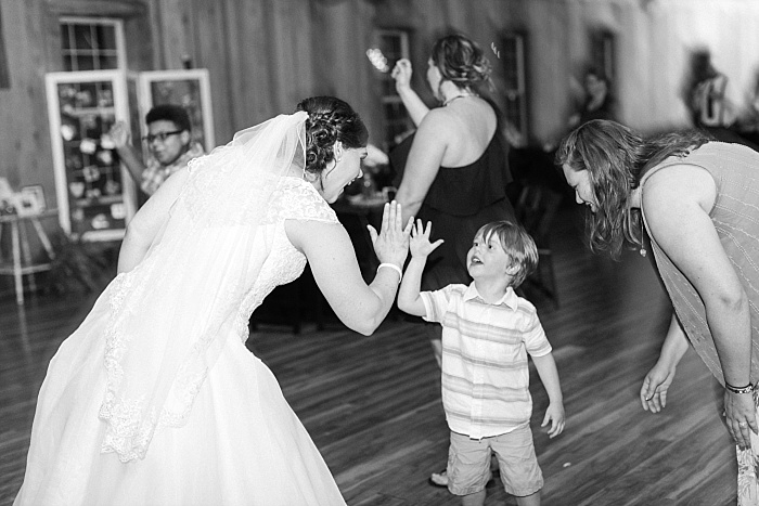 SarahSidwellPhotography_sweetandstylishnashvillewedding_Nashvilleweddingphotographer_1609.jpg