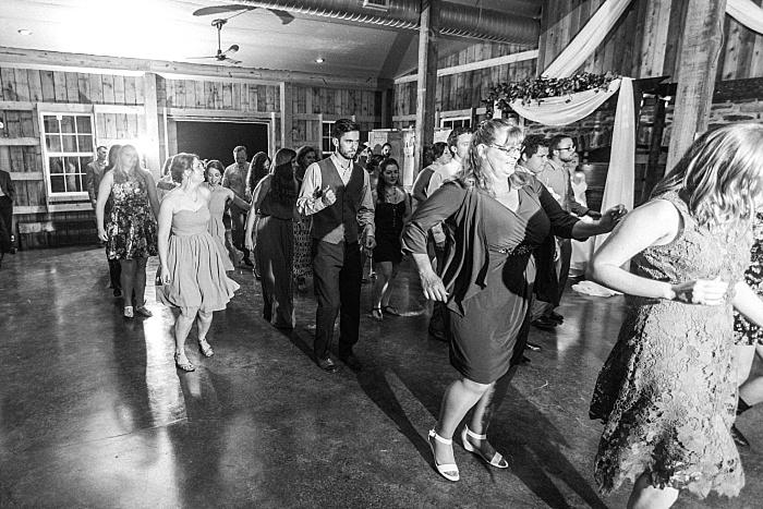 SarahSidwellPhotography_rusticandelegantsummerwedding_Nashvilleweddingphotographer_1800.jpg