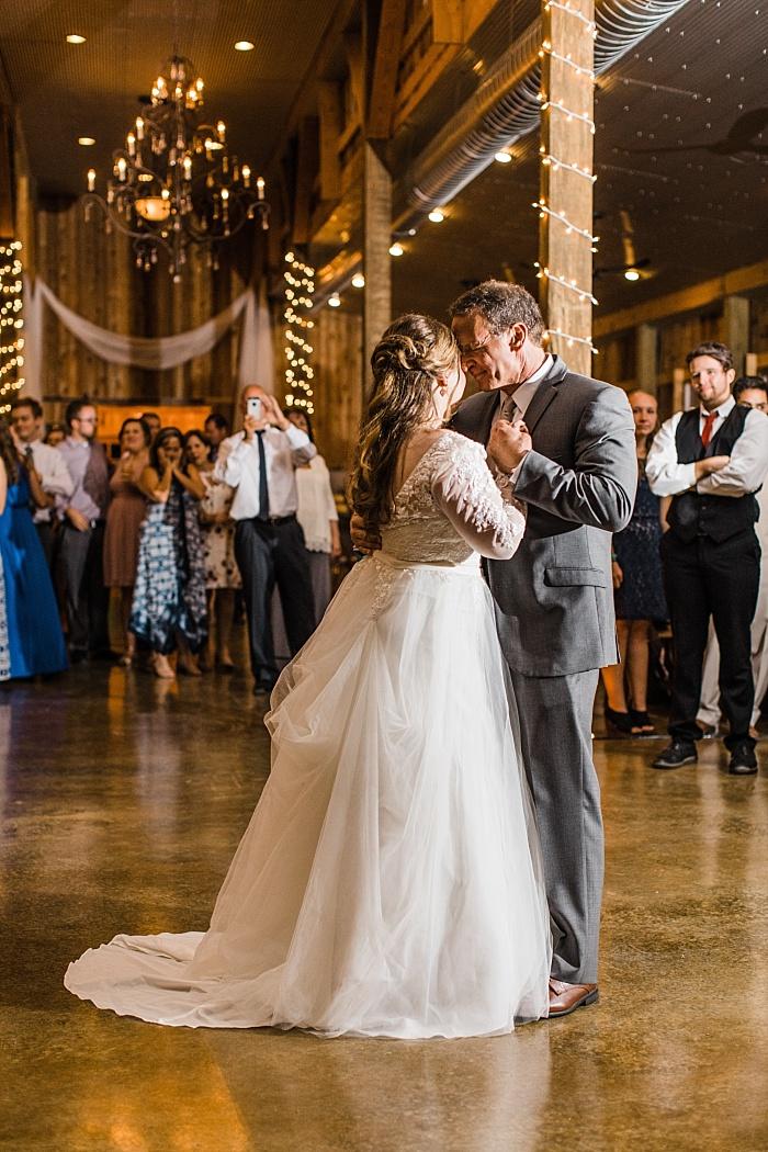 SarahSidwellPhotography_rusticandelegantsummerwedding_Nashvilleweddingphotographer_1799.jpg