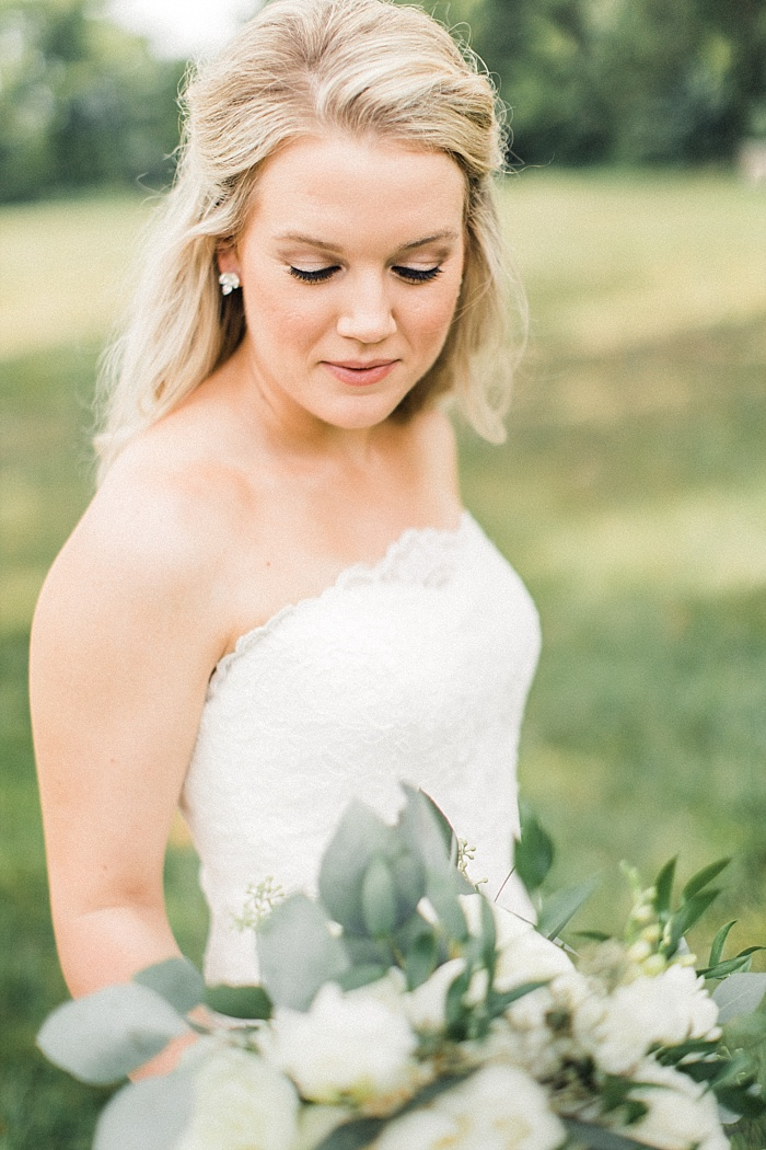 SarahSidwellPhotography_beautifulintimateweddinginahistoricchurch_Nashvilleweddingphotographer_1904.jpg