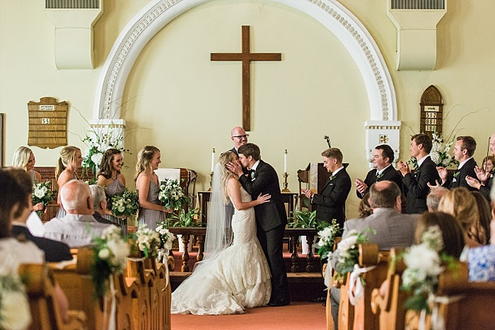 SarahSidwellPhotography_beautifulintimateweddinginahistoricchurch_Nashvilleweddingphotographer_1878.jpg