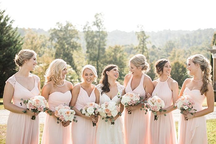 SarahSidwellPhotography_nuetralandblushweddingcolors_Nashvilleweddingphotographer_2016.jpg