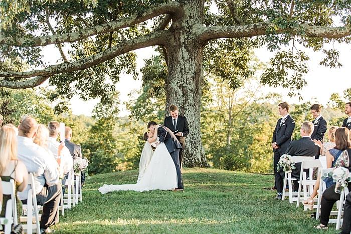 SarahSidwellPhotography_romanticandintimimateweddingoutdoornashvillephotographer_Nashvilleweddingphotographer_1960.jpg