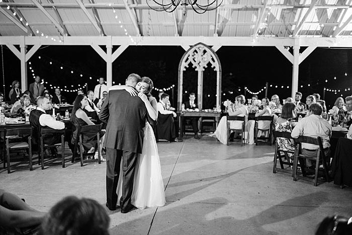 SarahSidwellPhotography_romanticandintimimateweddingoutdoornashvillephotographer_Nashvilleweddingphotographer_1983.jpg