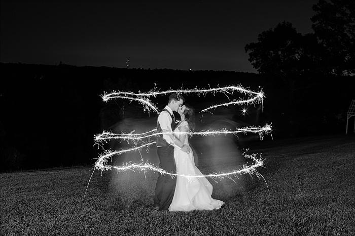 SarahSidwellPhotography_romanticandintimimateweddingoutdoornashvillephotographer_Nashvilleweddingphotographer_1992.jpg