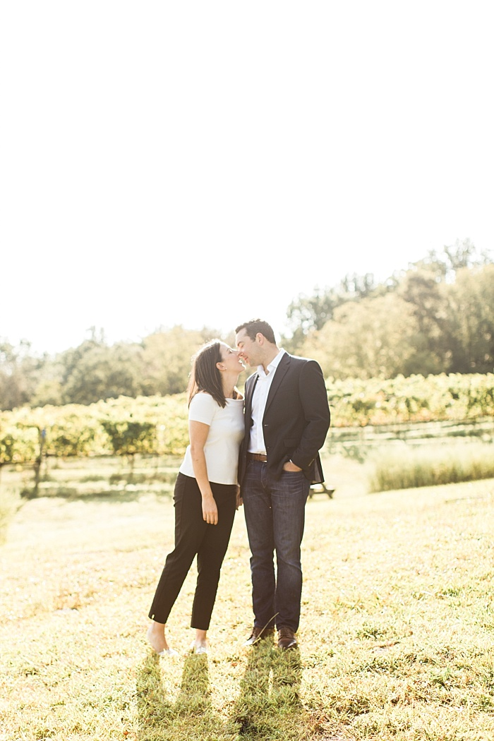 SarahSidwellPhotography_beautifulsunnyoutdoorengagementphotosinthecountrynashvillefranklin_Nashvilleweddingphotographer_2092.jpg