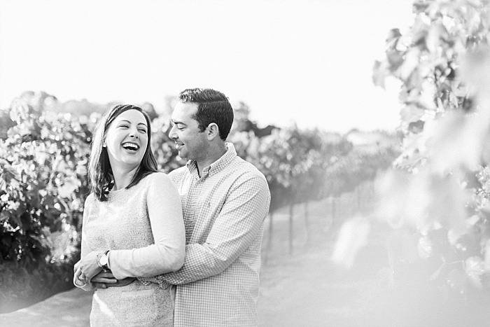 SarahSidwellPhotography_beautifulsunnyoutdoorengagementphotosinthecountrynashvillefranklin_Nashvilleweddingphotographer_2104.jpg