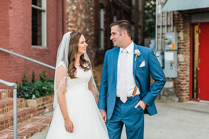 SarahSidwellPhotography_parksandrecthemedweddinginnashville_Nashvilleweddingphotographer_2180.jpg