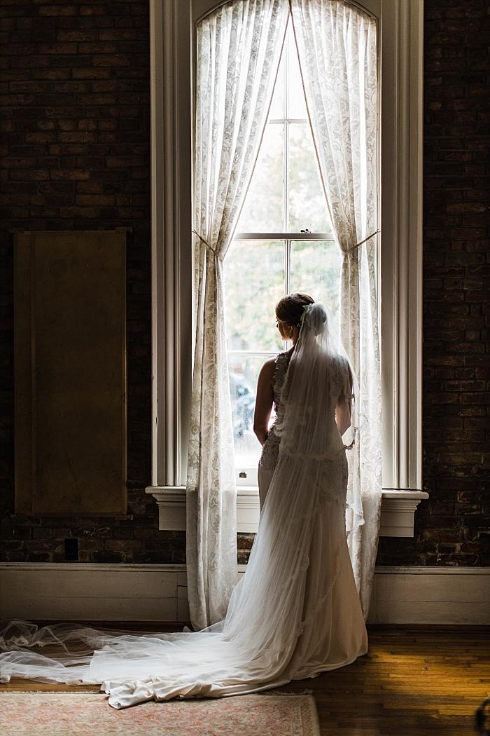 SarahSidwellPhotography_classicalbeautifulcharmingwedding_Nashvilleweddingphotographer_2273.jpg