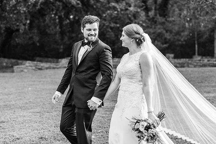 SarahSidwellPhotography_classicalbeautifulcharmingwedding_Nashvilleweddingphotographer_2270.jpg