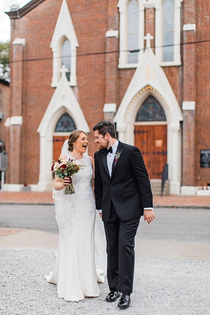 SarahSidwellPhotography_oldfashionedcatholicchurchweddingnashvillephotograhpher_Nashvilleweddingphotographer_2288.jpg