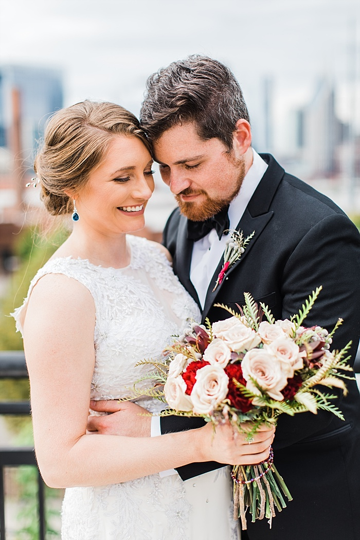 SarahSidwellPhotography_traditionalandelegantwedding_Nashvilleweddingphotographer_2240.jpg