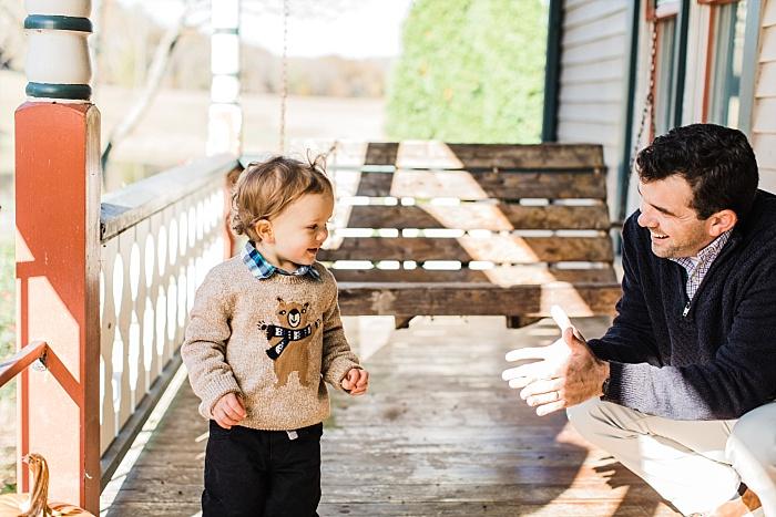 SarahSidwellPhotography_cozyfamilyphotosoutdoorscountrysidewintertime_Nashvilleweddingphotographer_2523.jpg