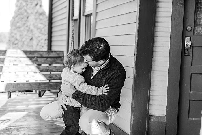 SarahSidwellPhotography_cozyfamilyphotosoutdoorscountrysidewintertime_Nashvilleweddingphotographer_2524.jpg