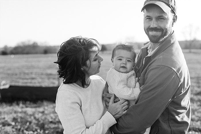 SarahSidwellPhotography_familyphotosonafarminthesouthnashvillephotographers_Nashvilleweddingphotographer_2608.jpg