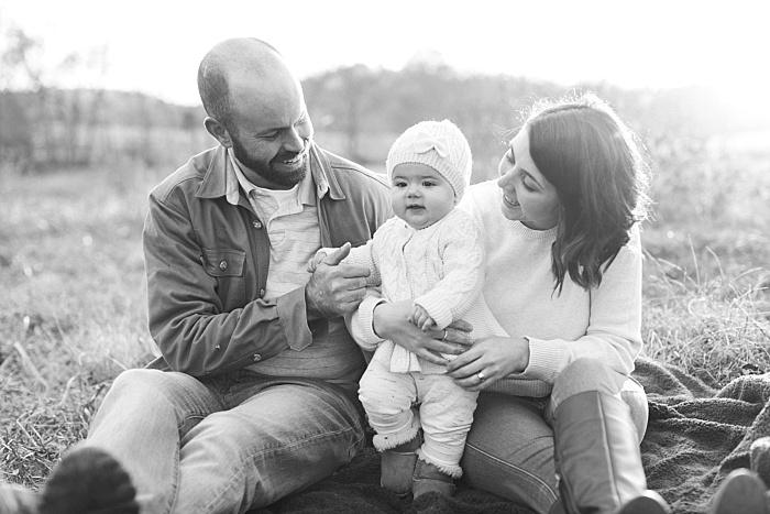 SarahSidwellPhotography_outdoorphotosonafamilyfarmintennessee_Nashvilleweddingphotographer_2615.jpg
