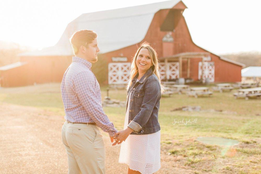 A couple explore Arrington Vineyards near Nashville, TN.