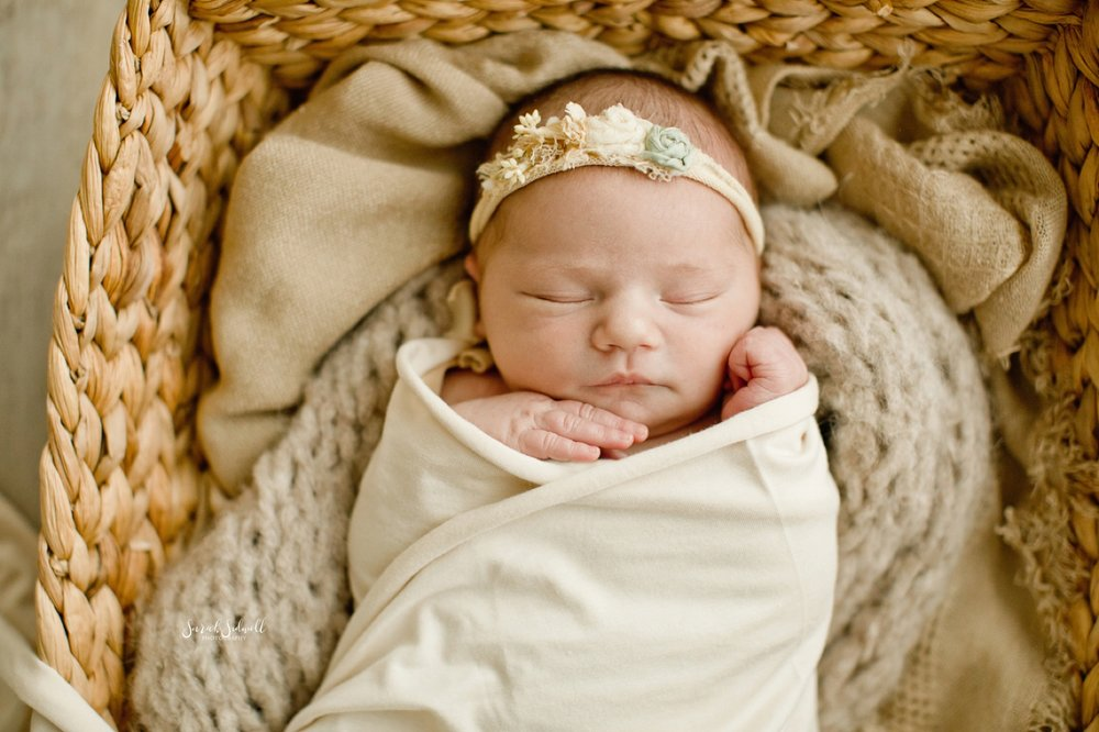 Natural Newborn Session | Sarah Sidwell Photography