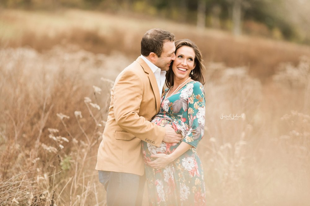 Outdoor Winter Maternity Session