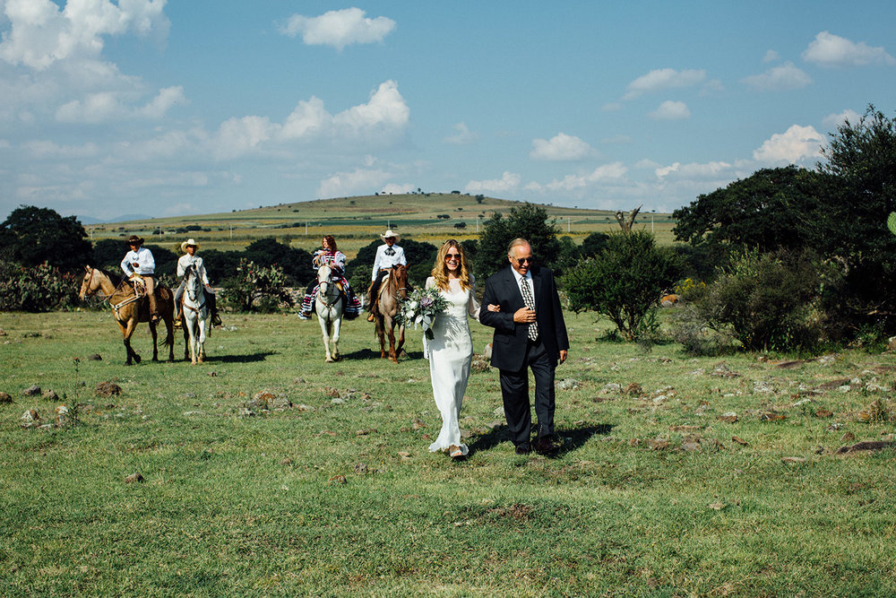 Rancho-wedding-photographs-mexico-999.jpg