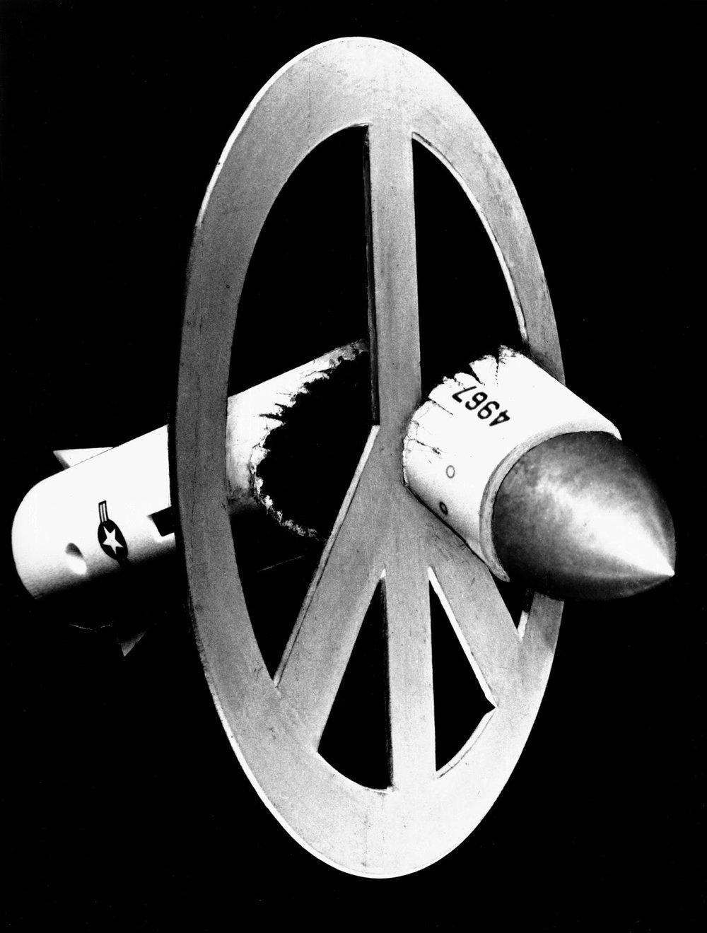 Broken Missile, 1980
