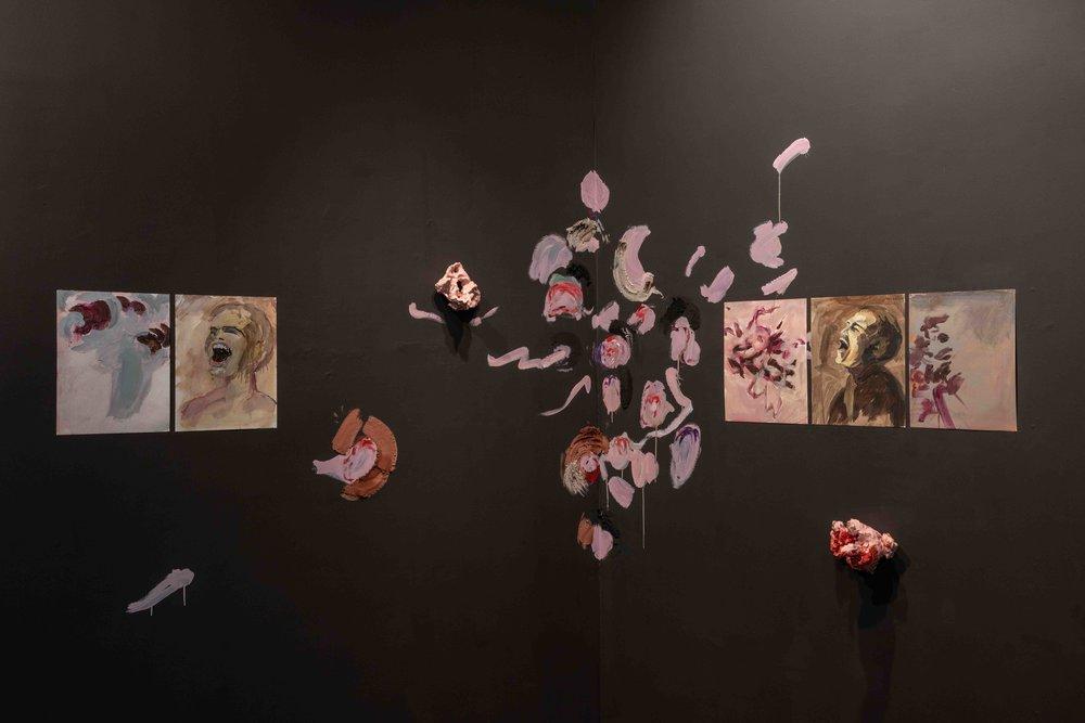 Florence Peake, Empathy Hole, 2019, Bosse & Baum, London. Photos courtesy Damian Griffiths & the gallery