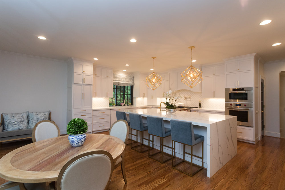 Stone Hollow A Spacious Kitchen Design Designed For Downtown