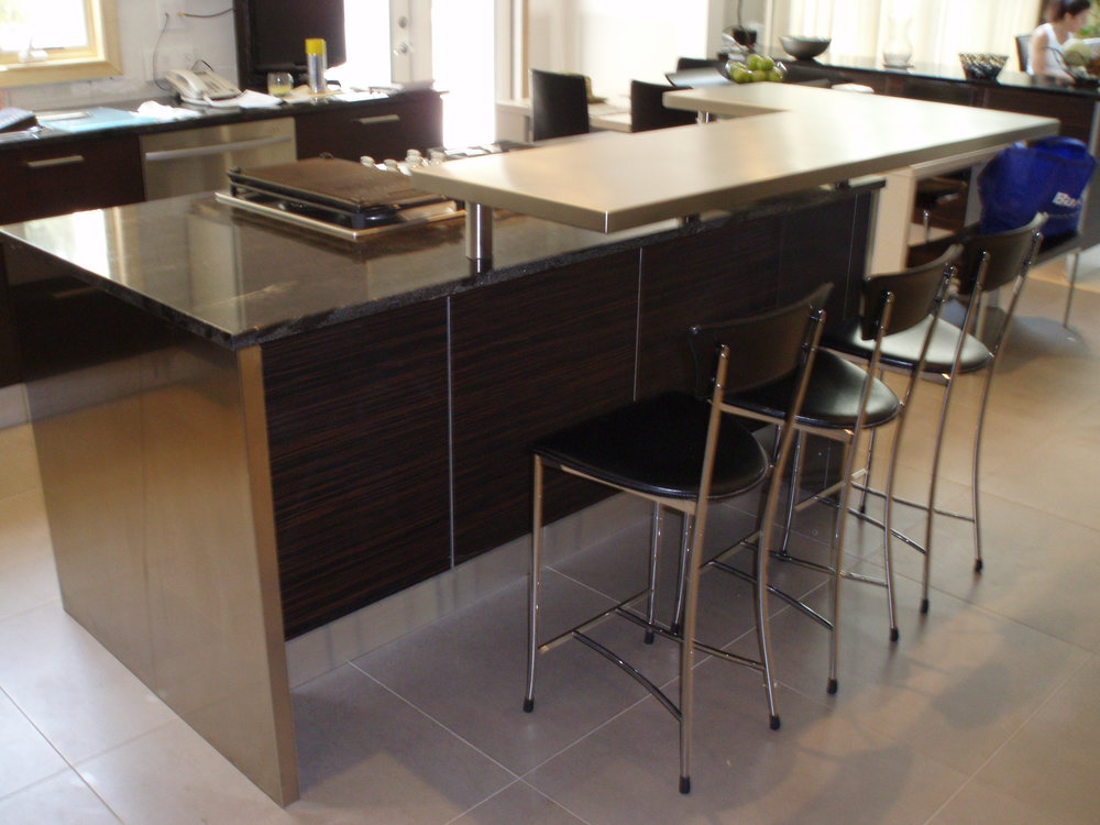 Stainless Steel Raised Bar Top